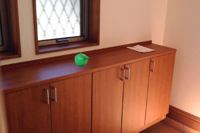 玄関の下駄箱にトルマリンゴ